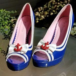 Retro sailor pinup heels
